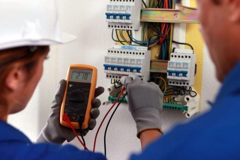 electricistas de Villaharta 24 horas