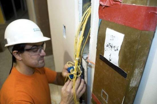 electricistas de Colmenar urgentes
