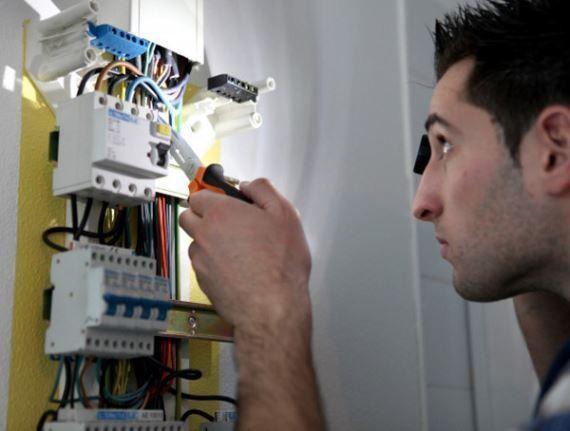 electricistas Zarautz 24 horas