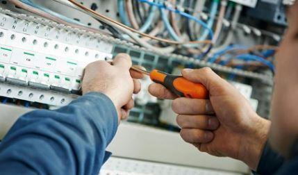 electricistas de Vilallonga del Campo