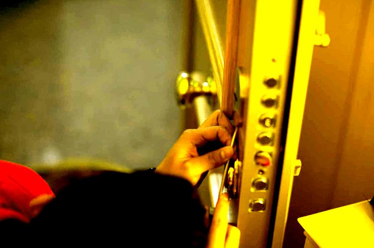 las cerraduras antibumping son dificiles de abrir